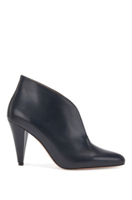 Italian-made boots in calf leather with V-cut collar, Dark Blue