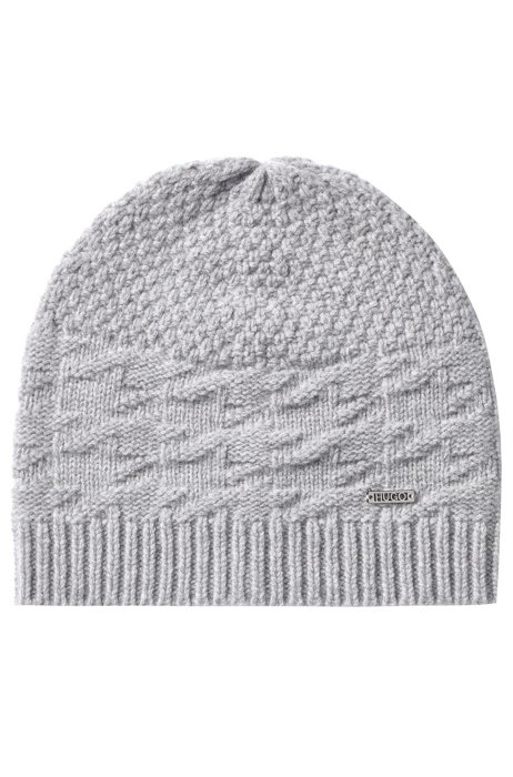 Gift-boxed scarf and beanie hat , Silver