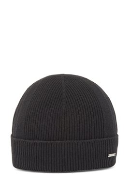 Cashmere beanie hat with logo badge, Black