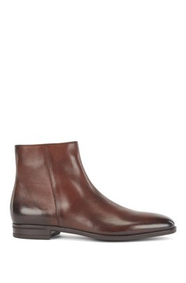 Zipped ankle boots in vegetable-tanned leather, Dark Brown