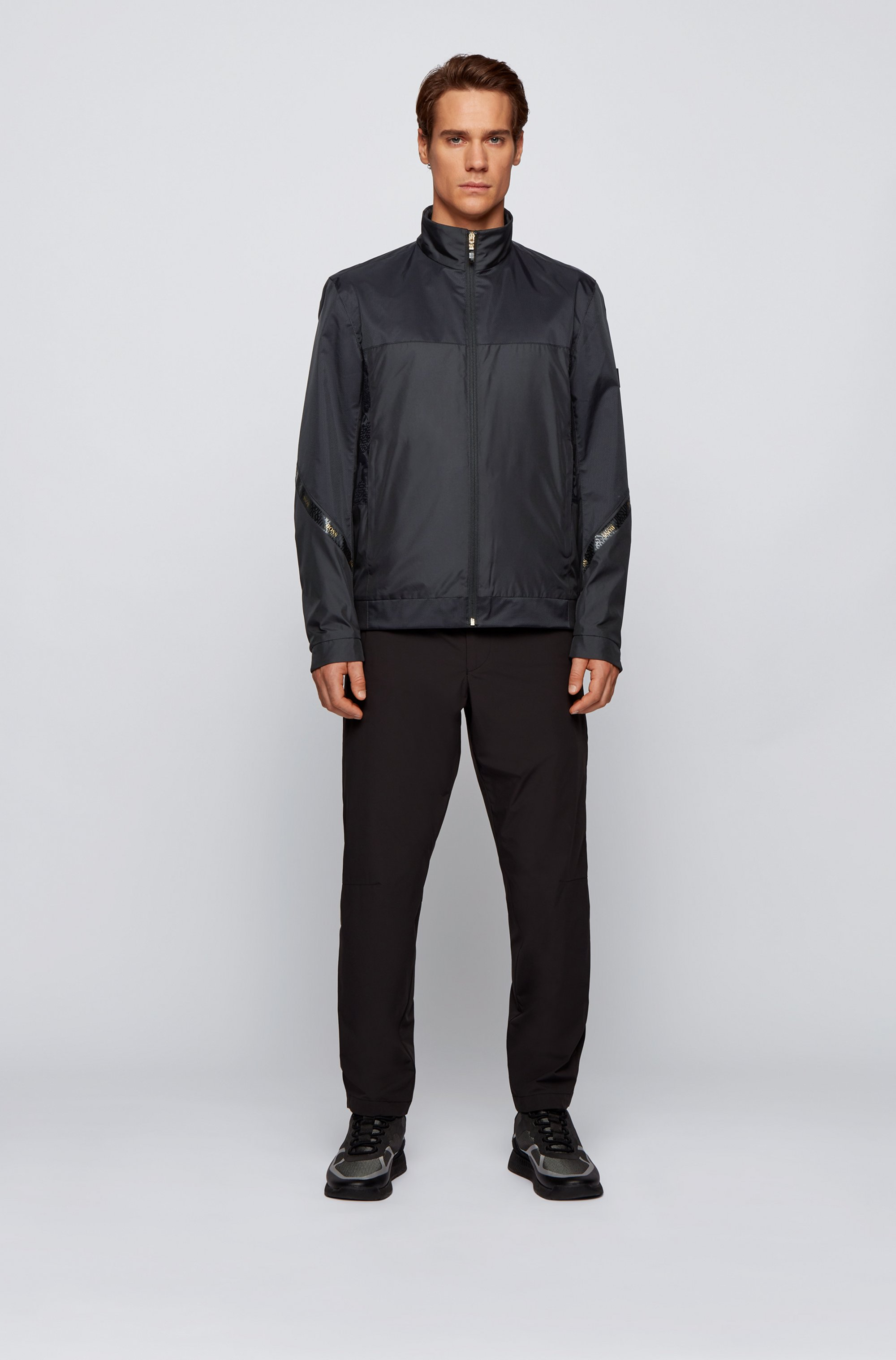 Regular-fit water-repellent jacket in recycled fabric
