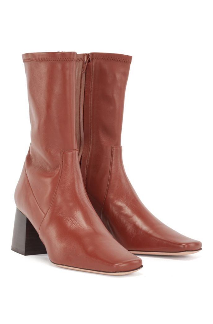 Ankle boots in Italian leather with block heel