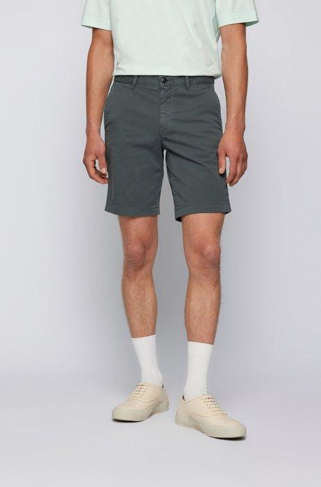 Slim-fit shorts in stretch-cotton twill, Dark Green