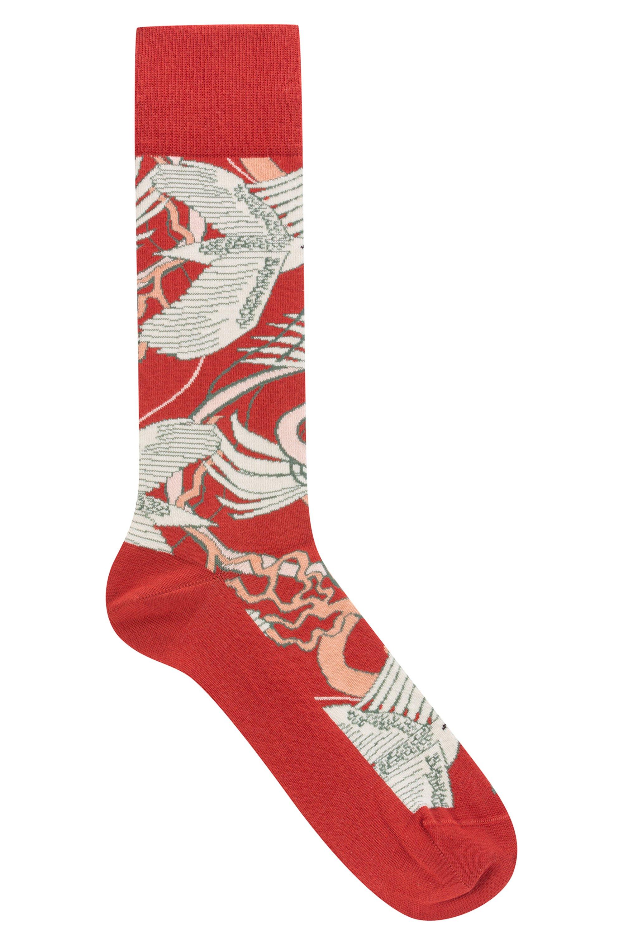 Regular-length socks with Japanese-crane motif, Patterned