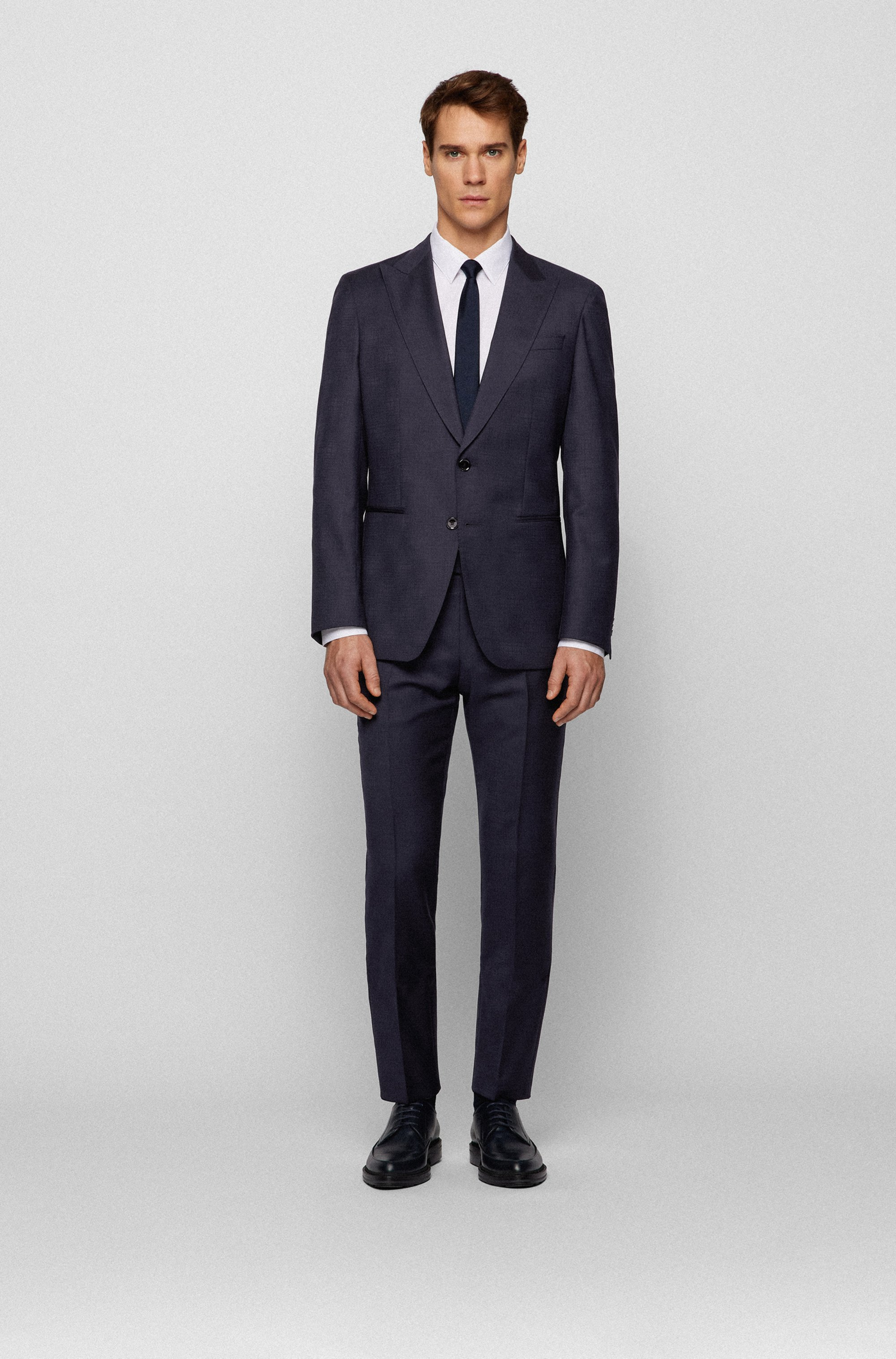 Slim-fit suit in patterned virgin wool