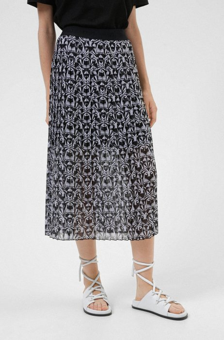 Plissé midi skirt in recycled fabric with bear print, Patterned