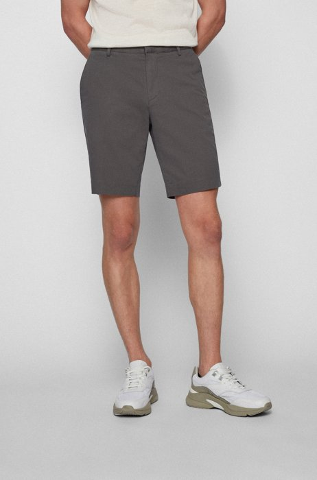Slim-fit shorts in stretch fabric with zip pocket, Grey