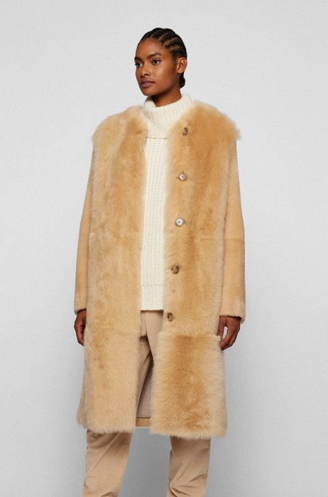 Relaxed-fit coat in mixed-length shearling, Light Beige