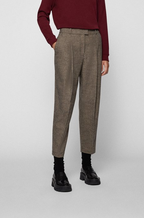 Relaxed-fit trousers in houndstooth cloth with cropped length, Patterned