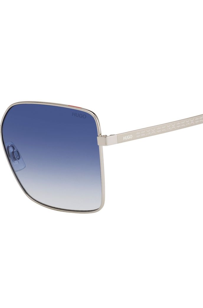 Sunglasses with gradient blue lenses and cropped logo