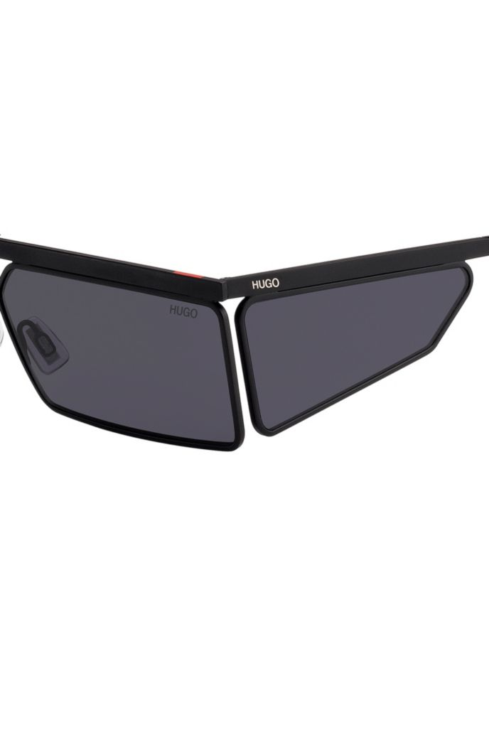 Rectangular sunglasses in black with tonal spoilers